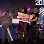 Cospin com Jaqueline Fernandes, vencedora do concurso cosplay da CCXP