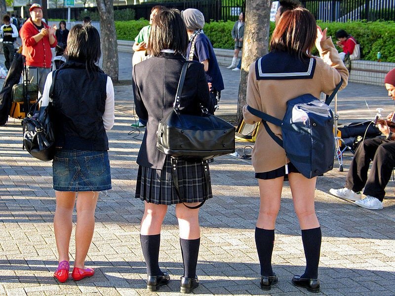 Girls wearing seifuku in Tokyo