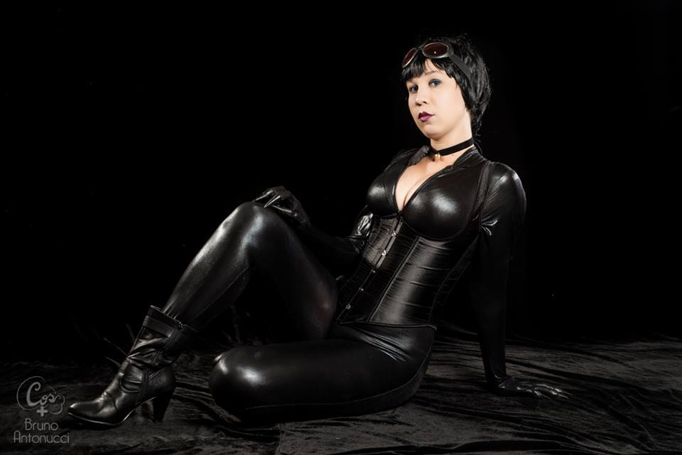 Mulher Gato 1