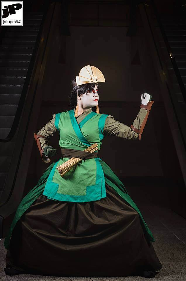 Cosplay do dia: Wingraty Kelly (Avatar Kyoshi)