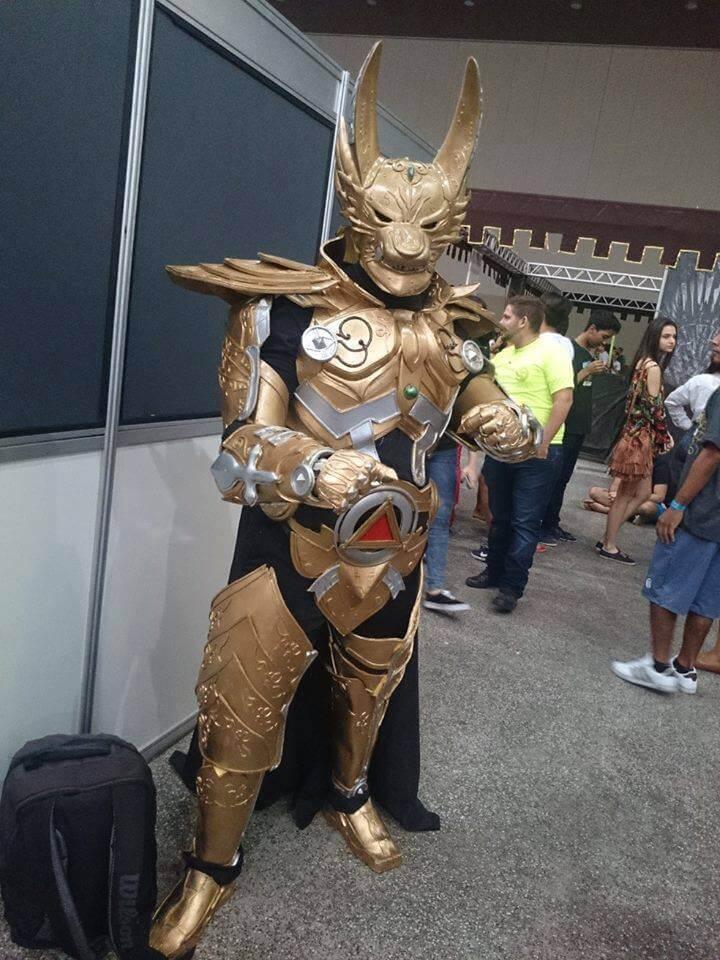 Cosplay Fabio Fernandes Golden Knight Garo