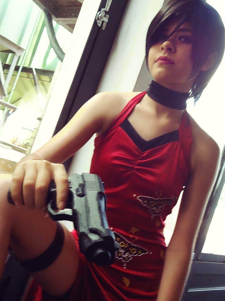Cosplay do dia: Mayara Araújo (Ada Wong)